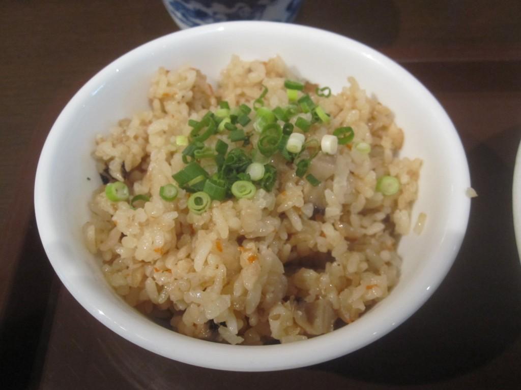 沖縄版の炊き込みご飯「ジューシー」