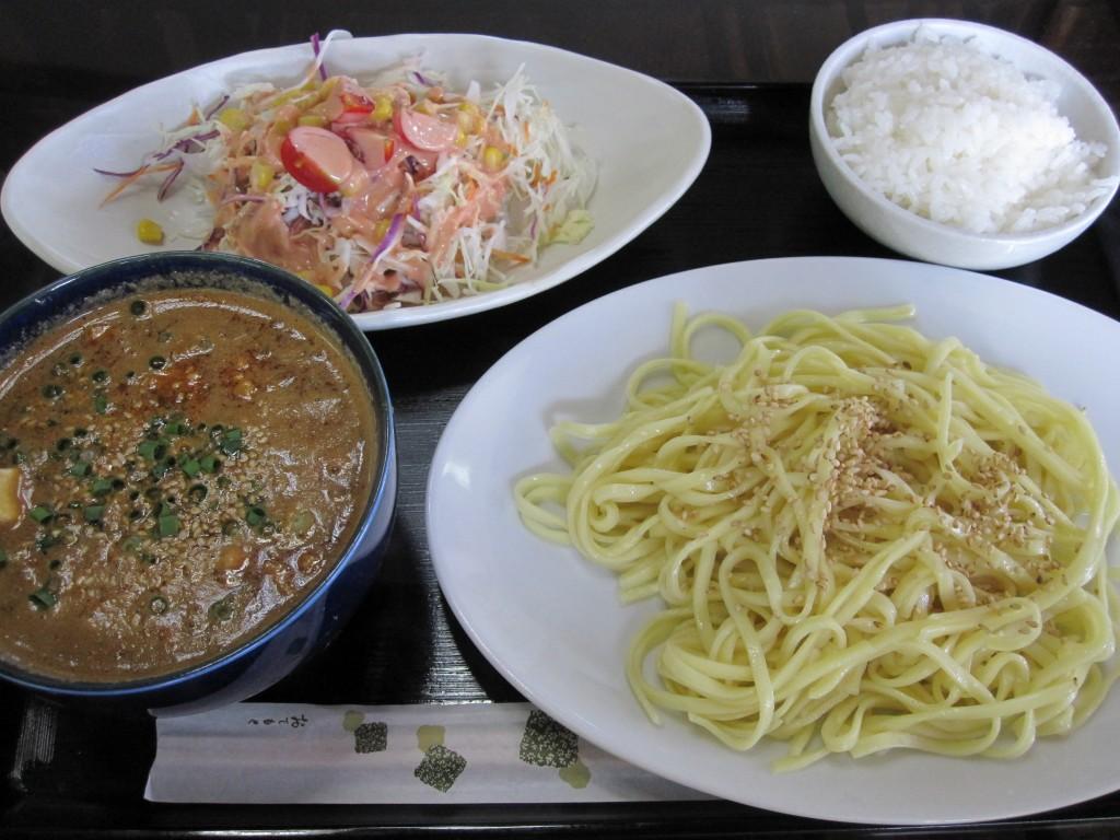 おすすめメニュー「元祖 麻婆つけ麺」セット800円