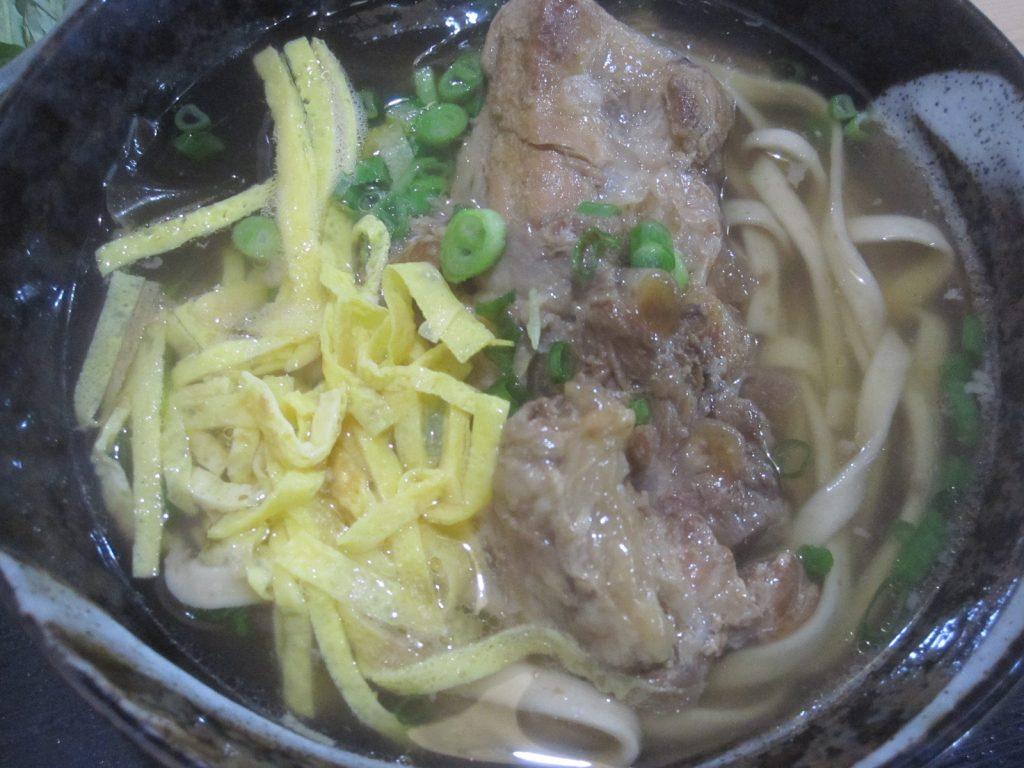 軟骨ソーキそば(並)※もずく麺