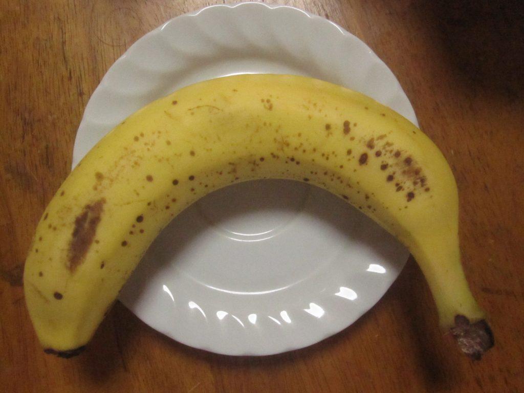 1本だけお皿に乗せても美味しいバナナだけれど・・・