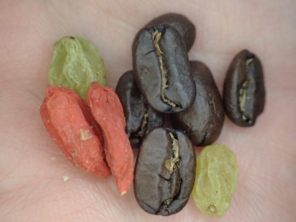 全て美味しいが、特に好きなのは珈琲豆、クコの実、グリーンレーズンの3つ