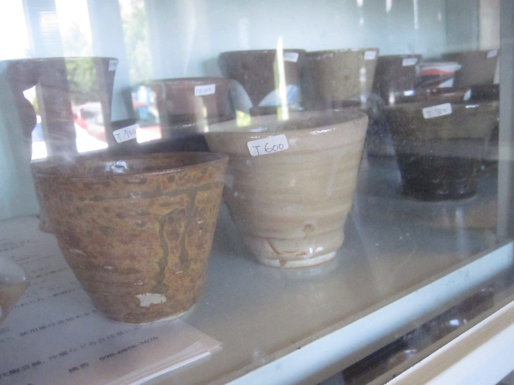 店内の唐風窯(とうふうがま)は陶芸サークル清ら土の会が制作した陶芸