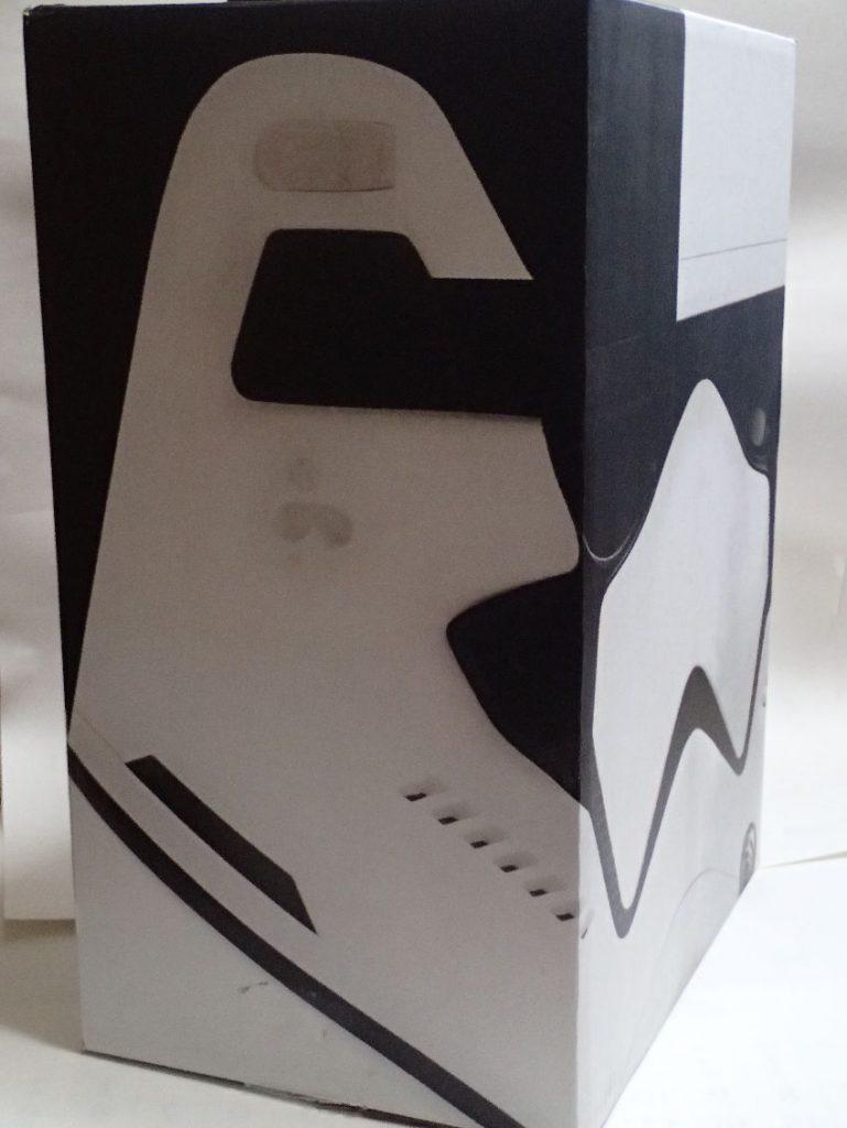 ZOZOTOWNのかぶれる『スター・ウォーズ』スペシャル配送ボックス(ストーム・トルーパー)