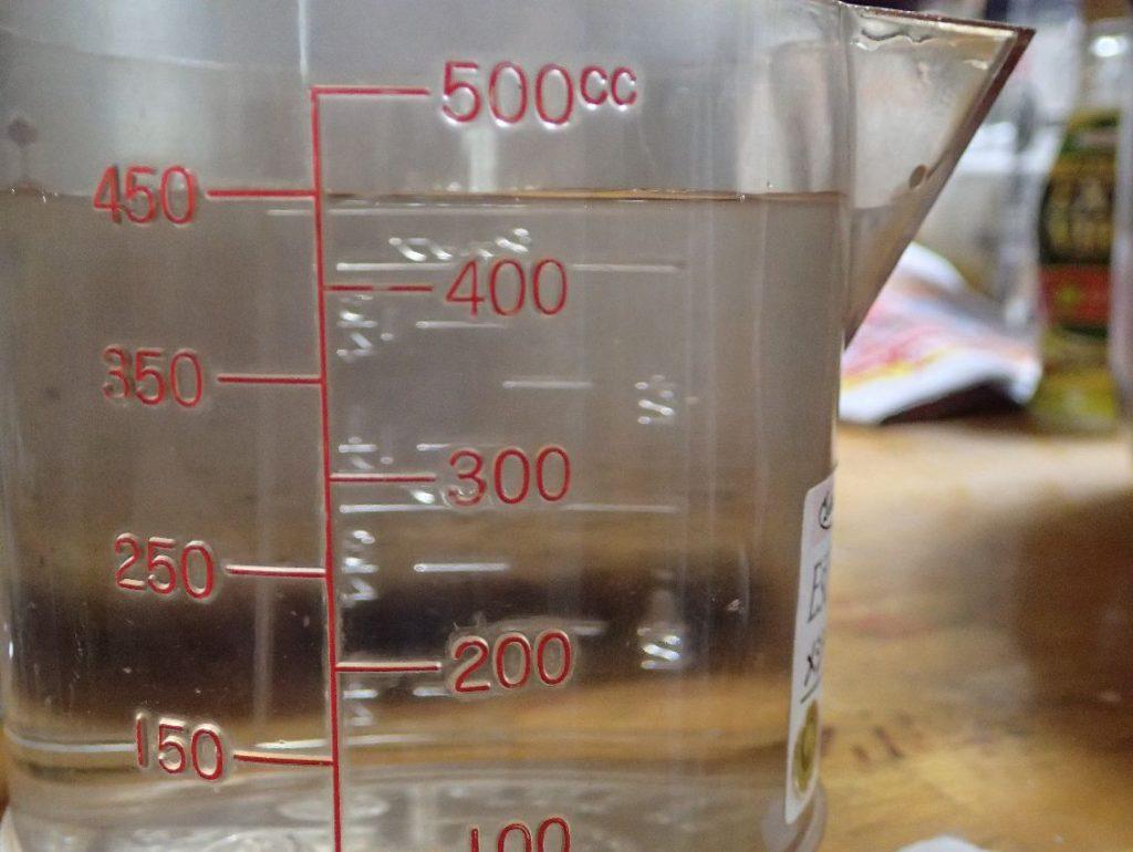 加える水の分量はレシピ通りに従ったほうがキレイに仕上がる