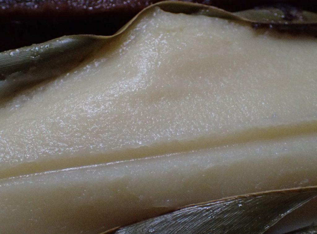 白ムーチー(プレーン)と変わらないスキムミルク味