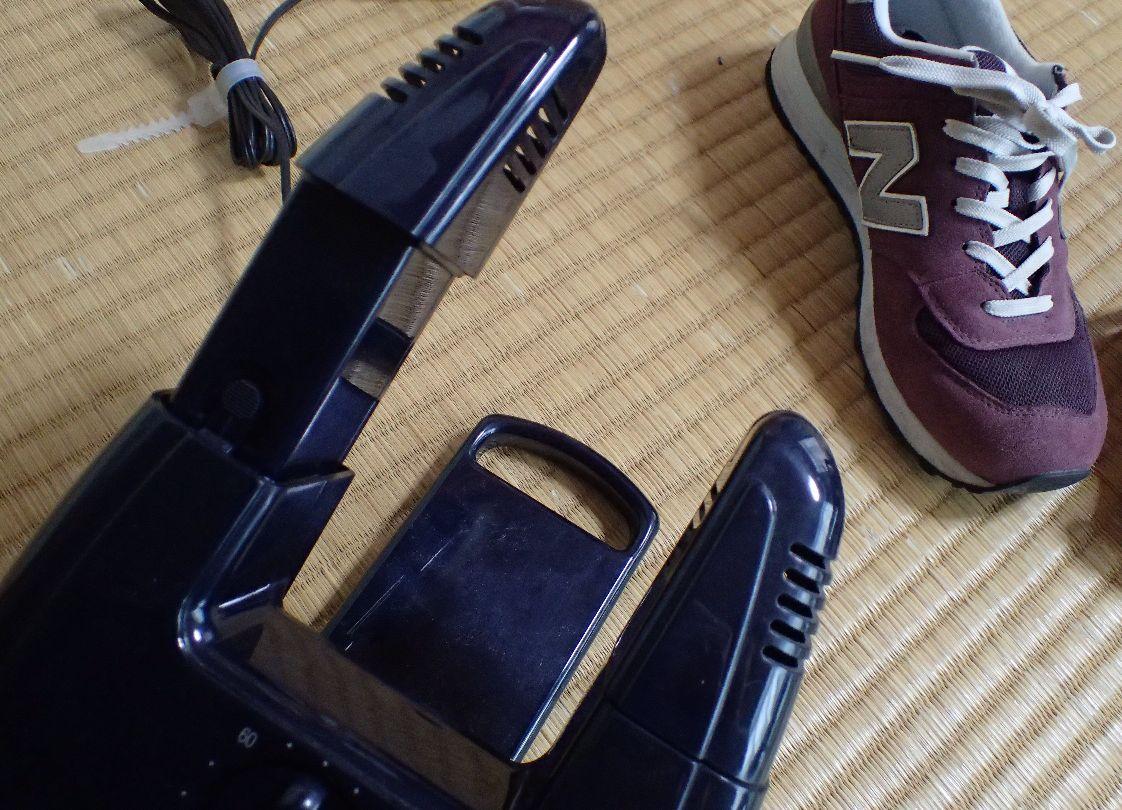 子ども用の小さい靴は入らないが長さが調節できるのが嬉しい