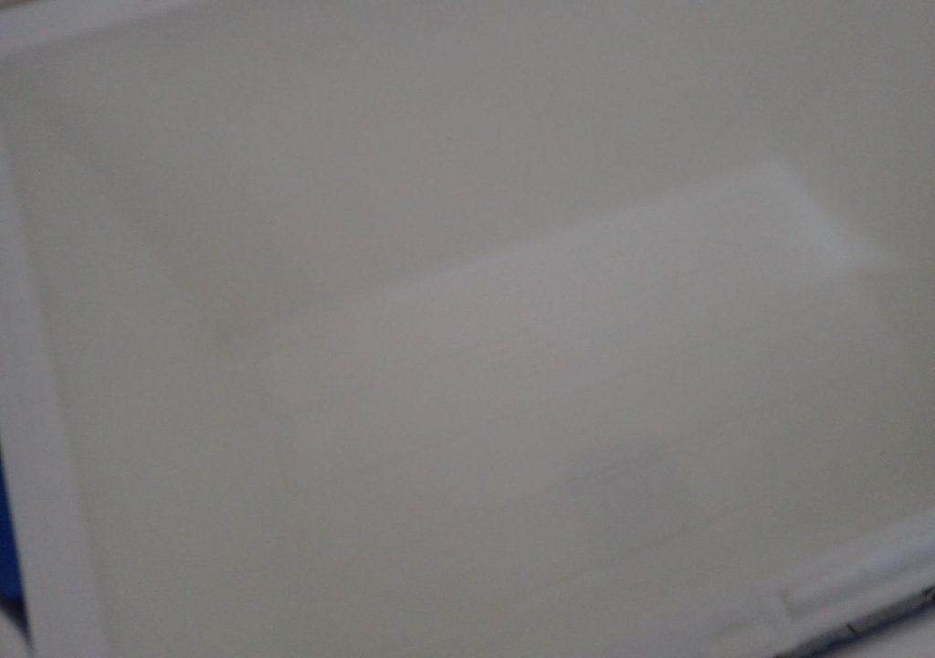 「ブルーレット トイレ洗浄中」で洗ったクーラーボックスのニオイが消えている!