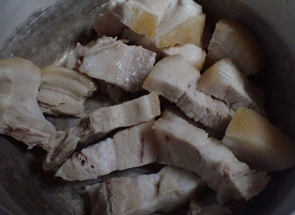 沖縄家庭料理、豚の三枚肉・角煮